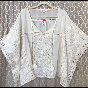 Taylor & Sage women's cream blouse - size L
